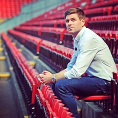 We Look at the Speculation Regarding a Steven Gerrard Liverpool Return. Would he be Good Management Material? Plus Soccer Box Discount Coupon! Steven Gerrard Liverpool, Liverpool Captain, Liverpool Legends, Liverpool Football Club, Liverpool Fc, Best Football Team, Football Shirts, Football Players, Stevie G