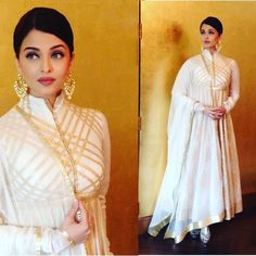 Indian Bollywood kurta dress With dupatta Top Tunic Set blouse Combo Ethnic Indian Gowns, Indian Attire, Pakistani Dresses, Indian Outfits, Mode Bollywood, Indian Bollywood, Bollywood Fashion, White Anarkali, White Saree