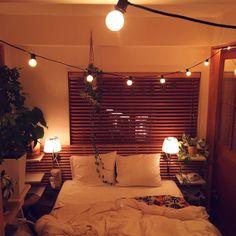 6omiさんの、ベッド周り,観葉植物,ナチュラル,IKEA,植物,green,多肉植物,ウッドブラインド,流木,surf,しまむら,電飾,beach,リノベーション,ラ…