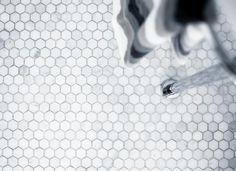 Golvet från Fired Earth, den sexkantiga marmormosaiken HOFP