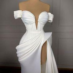 Glam Dresses, Event Dresses, Formal Evening Dresses, Evening Gowns, Fashion Dresses, Stunning Dresses, Pretty Dresses, Fairytale Dress, Best Wedding Dresses