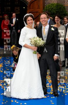 Just married: Prince Jaime and Princess Viktoria de Bourbon-Parma leave the Church Onze Lieve Vrouwe ten Hemelopneming in Apeldoorn after their wedding, Royal Wedding Gowns, Modest Wedding Gowns, Royal Weddings, Wedding Bride, Bourbon, Religious Wedding, Royal Brides, Royal Dresses, Wedding Officiant