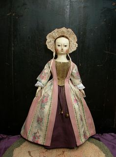 Reproduction English Wooden Queen Anne Dolls : Ca. 1730 English Wooden Queen Anne Doll Reproduction......SOLD
