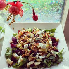 Salade met Bietjes en Appel Healthy Low Carb Recipes, Veg Recipes, Other Recipes, Indian Food Recipes, Salad Recipes, Ethnic Recipes, Healthy Food, I Love Food, Clean Eating