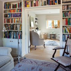 Living room with built-in bookcase | Living room | Homes & Gardens | IMAGE | Housetohome.co.uk