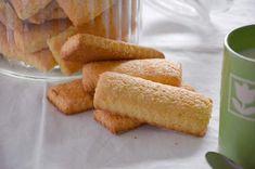 I biscotti da latte sono biscotti semplici e genuini perfetti per la prima colazione. I biscotti da latte si conservano fragranti per diversi giorni.