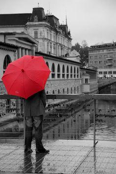 Rainy days in Ljubljana, Slovenia by Ian Middleton Umbrella Art, Under My Umbrella, Umbrella Photography, Art Photography, Cellphone Wallpaper, Phone Wallpapers, Animal Quotes, Rainy Days, Outdoor Travel