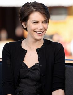 Lauren Cohan during 'Extra' at Universal Studios Hollywood on January 12, 2016