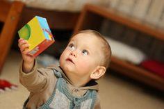 ¿Qué es el retraso madurativo? El desarrollo es el resultado de la maduración del sistema nervioso de los niños y niñas que conlleva la adquisición progresiva de habilidades en diversas áreas: soci...
