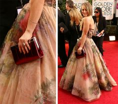 Kaley-Cuoco-Jimmy-Choo-Frame-Clutch_facebook.com_oomph_BEST CLUTCHES FROM #GOLDENGLOBEAWARDS2014 http://on.fb.me/1aWmECc #Celebs #handbags #DesignerBags #oomphelicious