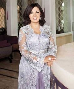 الممثلة المغربية منى فتو mouna fettou #moroccancaftan #moroccantradition…