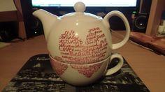 Teekanne mit Herz    mehr infos auf willhaben.at