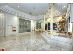 1041 Laurel Way, Beverly Hills, CA 90210 - Home For Sale and Real Estate Listing - realtor.com®