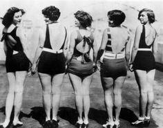 1920's Bathing Beauties. <3