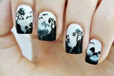 89+ Seriously Spooky Halloween Nail Art Ideas