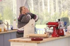 Contestant Francine Bryson prays for a perfect bake during a timed challenge in the new reality series THE AMERICAN BAKING COMPETITION, premiering Wednesday, May 29 (8:00-9:00 PM, ET/PT) on the CBS Television Network. Photo: Monty Brinton/CBS