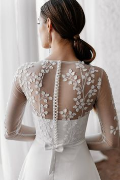 Low Key Wedding Dress, Wedding Dress Topper, Wedding Dresses Plus Size, Ankle Length Wedding Dress, Unusual Wedding Dresses, White Bridal Dresses, Bridal Gowns, Ivory Lace Wedding Dress, Brokat