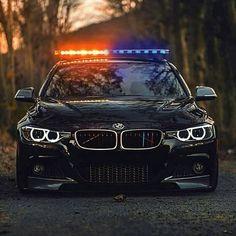 """Gefällt 3,495 Mal, 13 Kommentare - BMW FAN PAGE (@bmwpoweeer) auf Instagram: """"Hello officer!"""""""