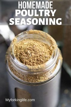 This Homemade Poultry Seasoning Recipe Is The Perfect Spice Mix For Your Favorite Turkey Or Chicken Dinners. Its An Easy Recipe That Can Be Whipped Up And Used On Your Favorite Family Recipe. Homemade Poultry Seasoning Recipe, Best Chicken Seasoning, Turkey Seasoning, Seasoning Mixes, Seasoning Salt Recipe, Homemade Dry Mixes, Homemade Spice Blends, Homemade Spices, Spice Mixes