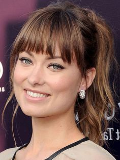 - The Best (and Worst) Bangs for Square Face Shapes nice 30 Schauen Sexy Frisuren mit Pony Blonde Bob Haircut, Bob Haircut With Bangs, Short Hair With Bangs, Short Hair Styles, Modern Haircuts, Layered Haircuts, Wavy Bob Hairstyles, Medium Hairstyles With Bangs, Wavy Bobs
