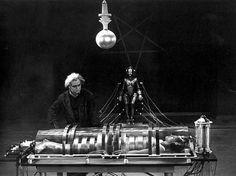 "Transformation into ""Maschinenmensch"", Metropolis (Fritz Lang, Metropolis Fritz Lang, Metropolis 1927, Metropolis Robot, Lewis Carroll, Science Fiction, Fiction Movies, Carolina Do Sul, Madona, Tv Movie"