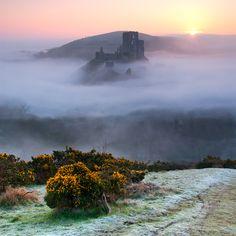Corfe Castle Mist, Sebastian Kraus  (Dorset, England)