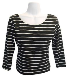 SUMMER MUST BASIC $12 Divided By H&M Scoop Front Stripe Medium T Shirt Black And White. Free shipping and guaranteed authenticity on Divided By H&M Scoop Front Stripe Medium T Shirt Black And WhiteNo signs of wear. Excellent Condition.  Fun scoop ...