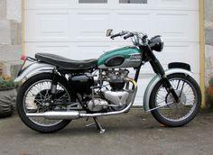 Vintage Triumph Motorcycles | Triumph Classic Motorcycles