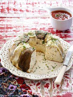 Greek Recipes, Eggplant, Camembert Cheese, Appetizers, Bread, Food, Appetizer, Brot, Essen