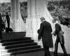 A clip showing Edmund Barton going to swear in Australia's first federal cabinet and to give the Proclamation of the Constitution address.