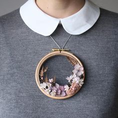 I've reworked this woven wreath and it's so small you can even wear it. But only for this special occasion, not every day perhaps :-). Cute Little Things, Floral Embroidery, Happy Valentines Day, Special Occasion, Diy And Crafts, Creations, Brooch, Wreaths, Pendant Necklace