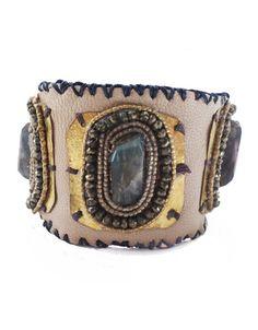 De Petra leather bracelet perfect for your arm party.