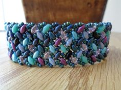 Superduo herringbone w/video.  #Seed #Bead #Tutorials