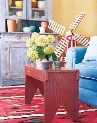 Do-It-Yourself Distressing, painting furniture