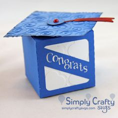 Make a graduation treat box or graduation gift box with the Grad Favor Box SVG File. Personalize the box with the school colors. Easy to make. #simplycraftysvgs