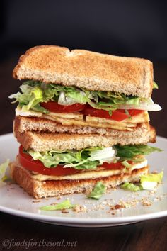 """This BLT shaves off 300 calories and 19 grams of fat from Subway's 6"""" sandwich!"""