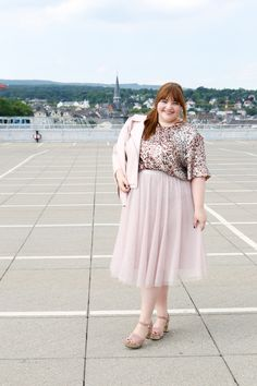Plus Size Outfit in Millenial Pink Fitted Midi Dress, Lace Midi Dress, Pleated Midi Skirt, Dress Skirt, Lace Up Shoes Outfit, Black Lace Up Shoes, Plus Size Skirts, Plus Size Outfits, Red Long Sleeve Tops