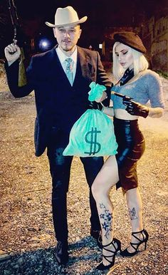 Going to Halloween festivities with your other half?At that point consider a couples Halloween outfit.Unique Couples Halloween Costumes For Genius Styles Cute Couple Halloween Costumes, Trendy Halloween, Halloween Tags, Creative Halloween Costumes, Halloween Customs, Awesome Costumes, Unique Couples Costumes, Creative Couple Costumes, Couple Costume Ideas
