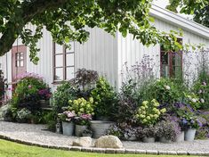 Garden Stones, Garden Paths, Garden Landscaping, Landscape Design, Garden Design, Garden Cottage, My Secret Garden, Plantation, Dream Garden