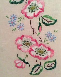tablecloth .........
