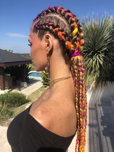 Holly Bell looking so fire in her clip in extensions and festival styling by the… – Best Hair Styles for Women Men and Kids Clip In Extensions, Braids With Extensions, Hairstyles With Extensions, Box Braids Hairstyles, Festival Hairstyles, Kid Hairstyles, Rave Hair, Festival Braid, Festival Style