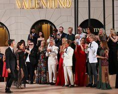 Designers Maria Grazia Chiuri, Pier Paolo Piccioli, Franca Sozzani, Giancarlo Giammetti, Gwyneth Paltrow and Valentino Garavani attend during the Valentino Mirabilia Romae Fashion show at Piazza Mignanelli