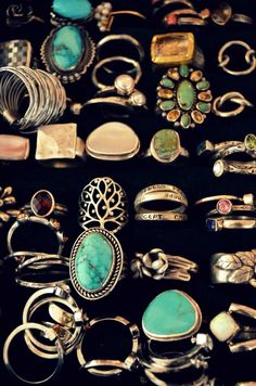 if i ever find a ring that i can wear w/ out looseing lol