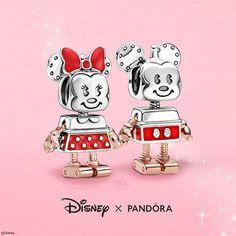 Pandora Uk, Pandora Charms Disney, Pandora Bracelet Charms, Pandora Jewelry, Charm Bracelets, Pandora Collection, Snake Patterns, Disney Jewelry, Accessories