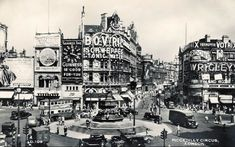 The official site for collectors of Guinness memorabilia Piccadilly Circus, London Places, Guinness, Old Pictures, Big Ben, 1930s, Times Square, England, Club