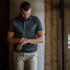 Aké hodinky uprednostňujete? Tradičné so strojčekom alebo moderné smart hodinky? Dajte nám vedieť do komentára. #stevula #slovakfashion #dapper #watch #supima #dnesnosim Instagram Posts, Mens Tops, T Shirt, Fashion, Supreme T Shirt, Moda, Tee Shirt, Fashion Styles, Fashion Illustrations