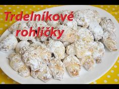 Trdelníkové rohlíčky / Helenčino pečení - YouTube Shaped Cookie, Baking Sheet, Gingerbread Man, Quick Easy Meals, Cookie Cutters, Oven, Sweets, Cookies, Dishes