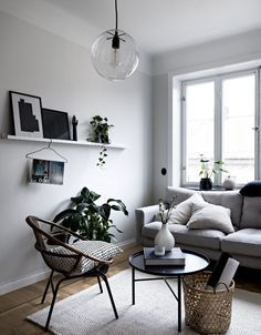 Scandinavian decor is about texture. A Scandinavian style decor is the ideal mixture of modern and comfort. So, because you can tell, there is a lot more to achieving a Scandinavian style decor than simply likely to and getting a… Continue Reading → Small Living Room Design, Small Living Rooms, Living Room Designs, Living Room Decor, Rv Living, Bedroom Designs, Interior Design Minimalist, Minimalist Home Decor, Minimalist Living