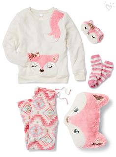 Women's Accessories - Fox-themed sleepwear at the Sleepover Shop guaranteed to keep you cute, comfy and ready for sweet dreams! Cute Pjs, Cute Pajamas, Outfits Niños, Kids Outfits, Tween Fashion, Girl Fashion, Fashion Black, Fashion Ideas, Pyjamas