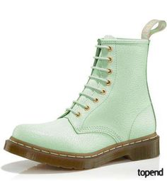 You bet I would rock these mint boots! Ridiculous!